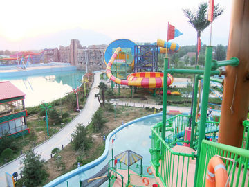 चीन Waterpark Project, Outdoor Water Park Engineering Projects / Customized Water Slide आपूर्तिकर्ता