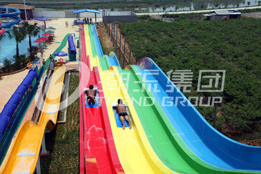 चीन General Water Park Item Custom Water Slide , High Speed Adult Plastic Water Slide for Water Park फैक्टरी