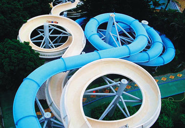 चीन Spiral Waterpark Slide , FRP Water Park Slides / Cuustomized Water Slide for Giant Aqua Park फैक्टरी