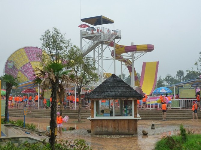 kids games guangzhou trend water theme park construction company project slide equipment design (2).jpg