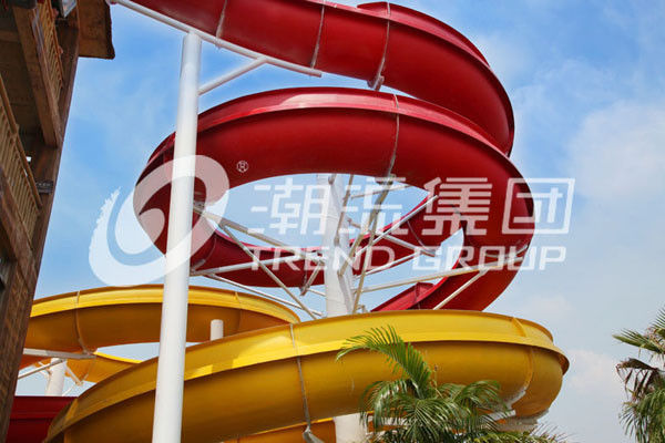 Outdoor Fiberglass Water Slides Custom FRP Spiral Red Water Slides CE